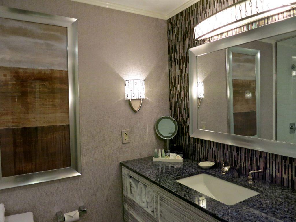 Bathroom, Interlaken Inn, Lakeville CT