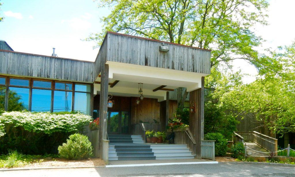 Entrance, Interlaken Inn, Lakeville CT