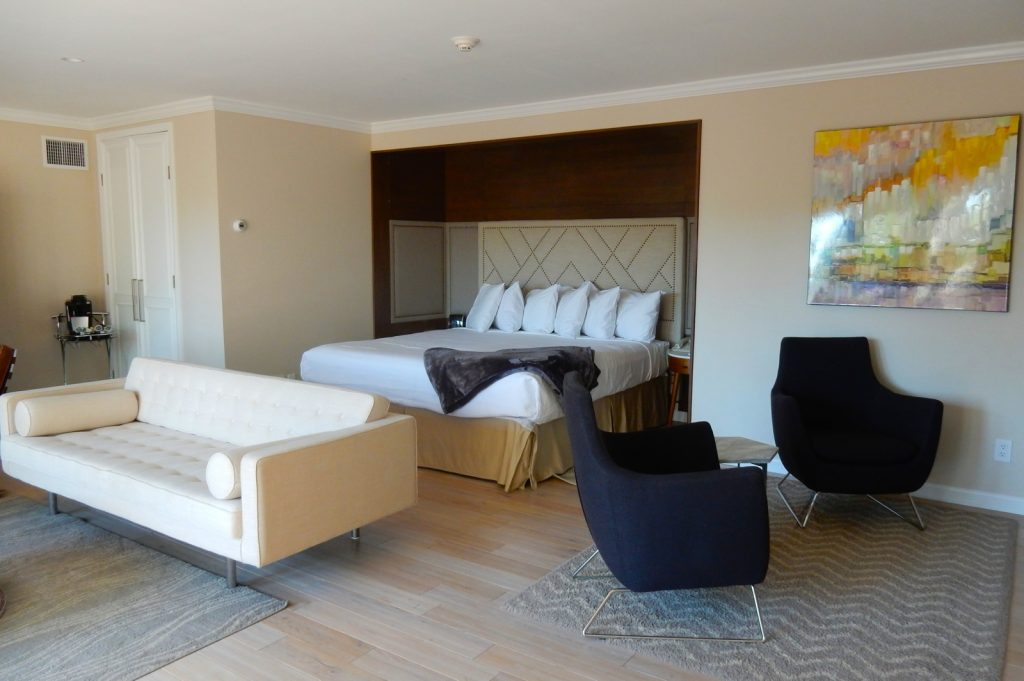 Honeymoon Suite, Interlaken Inn, Lakeville CT