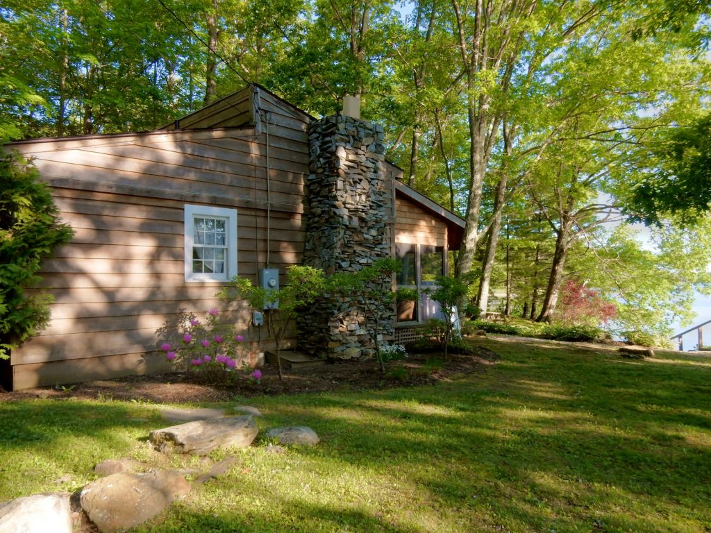 Lakeside Cottage, Interlaken Inn, Lakeville CT