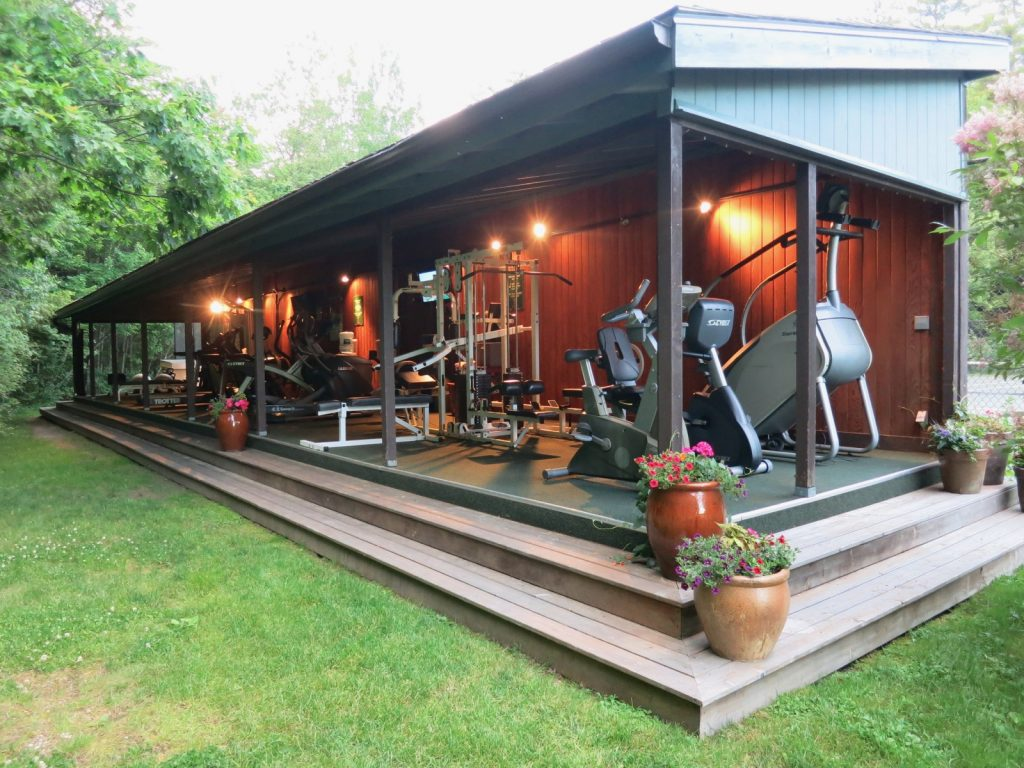 Migis Lodge Fitness Shed