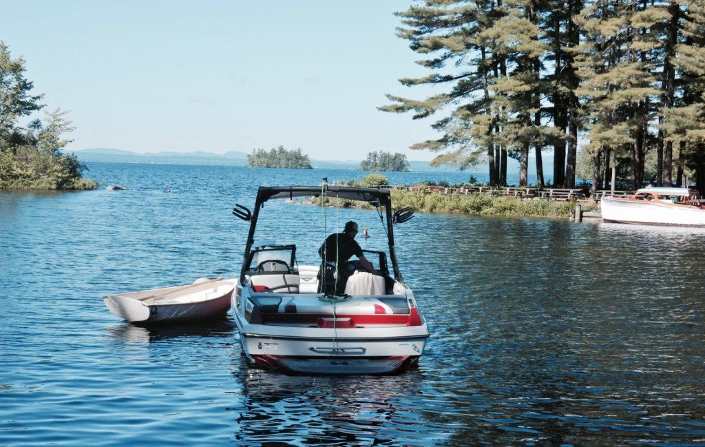 Sebago Lake Boating from Migis Lodge