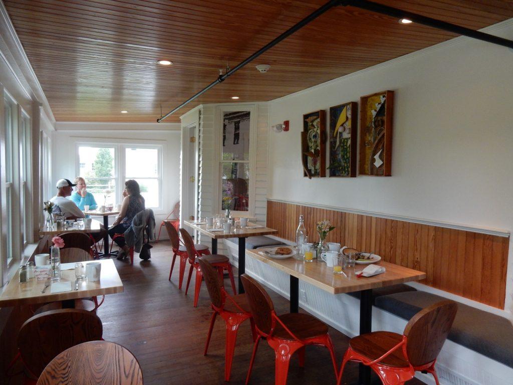 Shade Restaurant Higgins Beach Inn