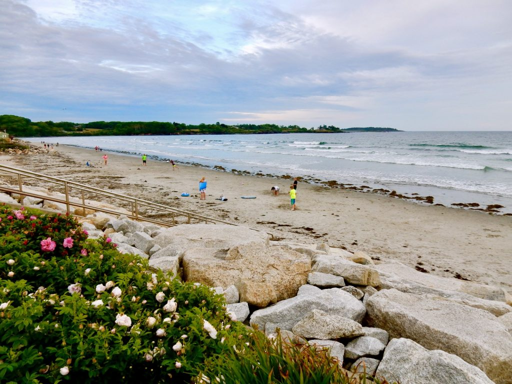 Beach shoreline by Higgins Beach Inn