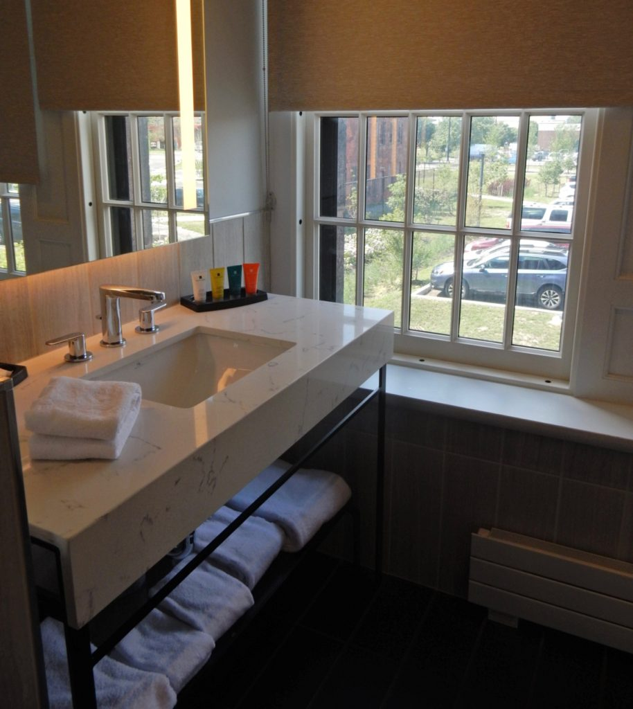 Private Bathroom Hotel Henry Buffalo NY
