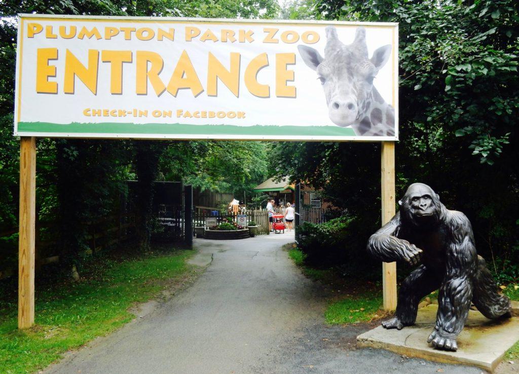 Entrance Plumpton Park Zoo Rising Sun MD