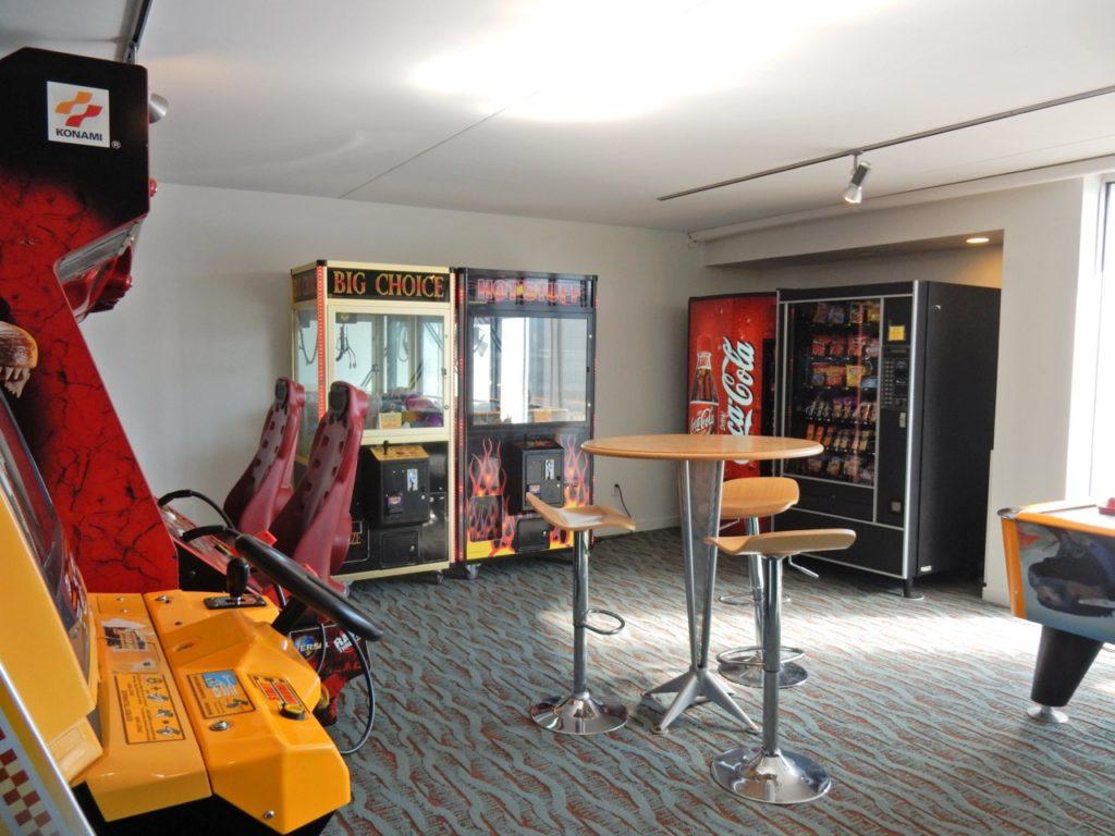 Game Room Starlux Hotel Wildwood NJ
