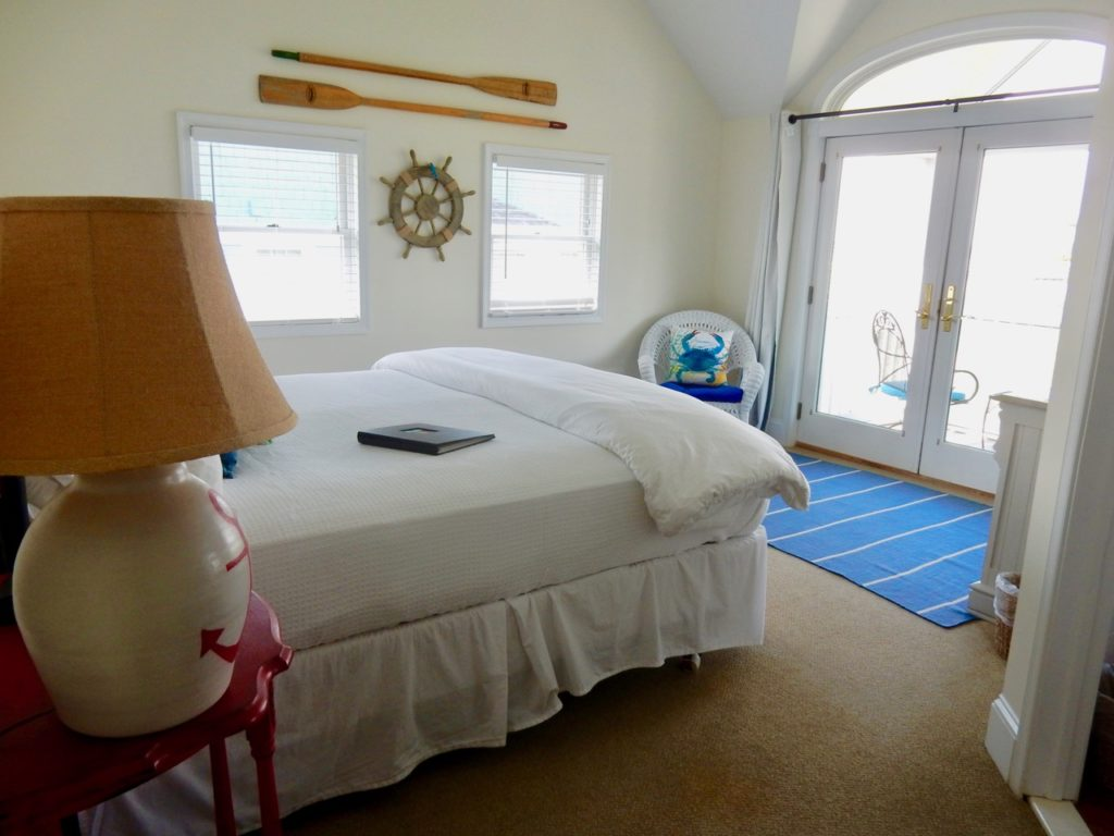 Guest Room Inn at Haven Harbour Rock Hall MD