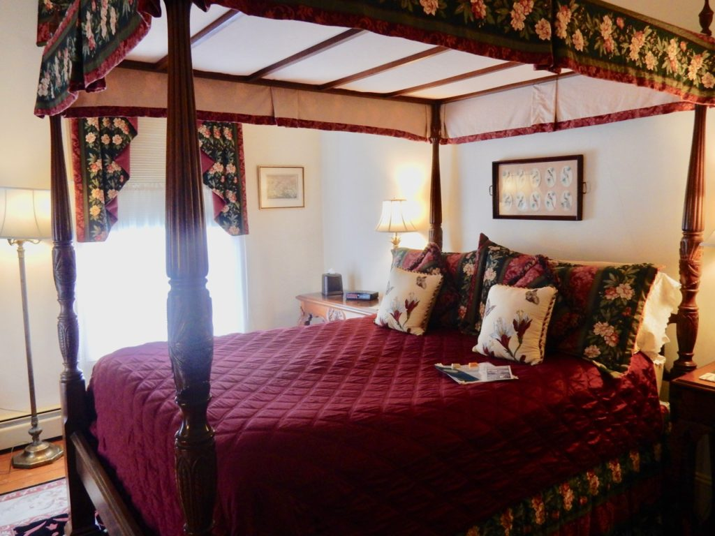 Guest Room Inn at the Canal, Chesapeake City MD