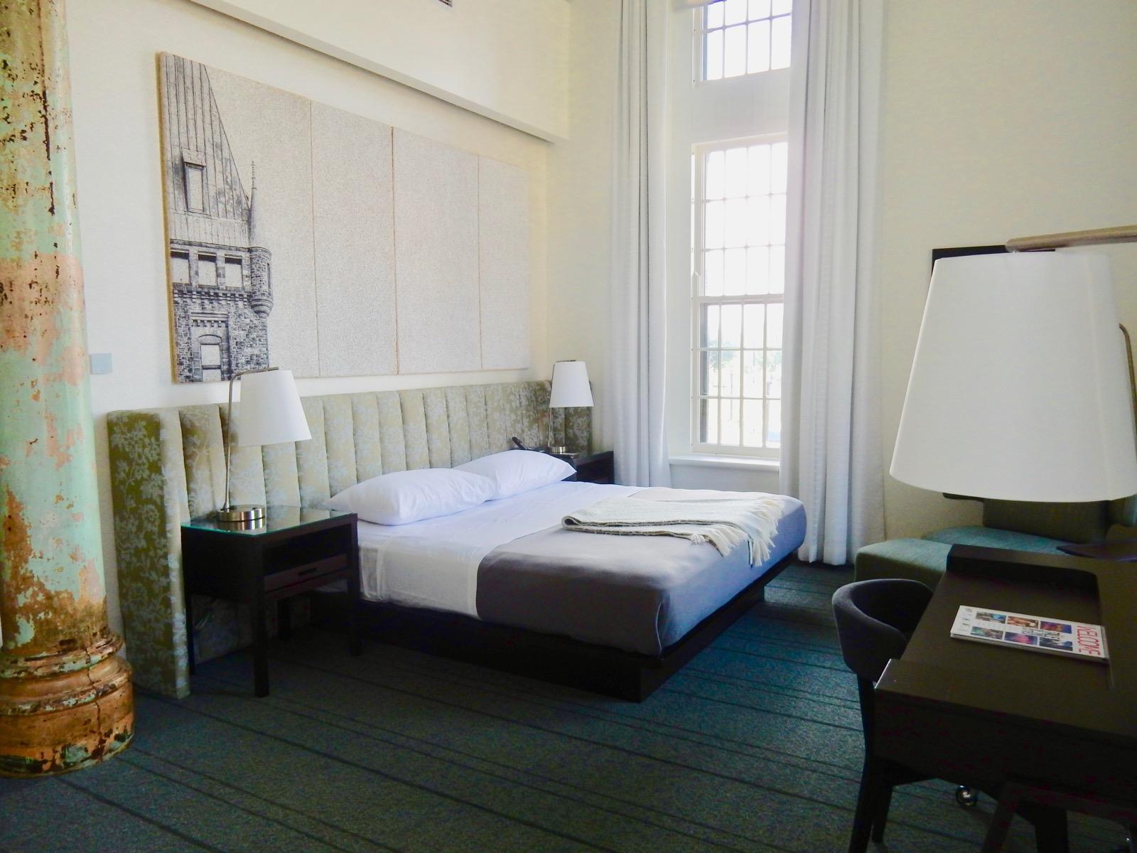 Guest room, HOTEL HENRY, Buffalo NY.