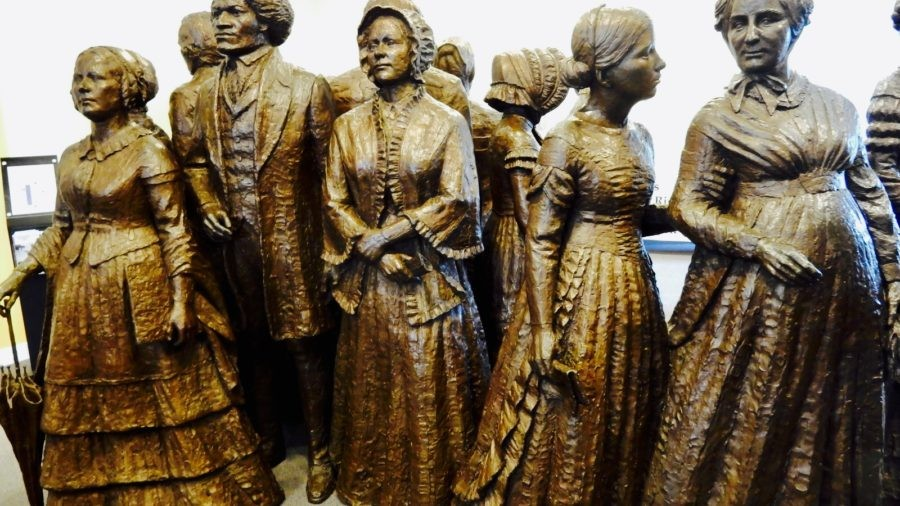 Seneca Falls and Newark NY: Women's Rights, It's A Wonderful Life, and the Erie Canal – all Coming Up Roses