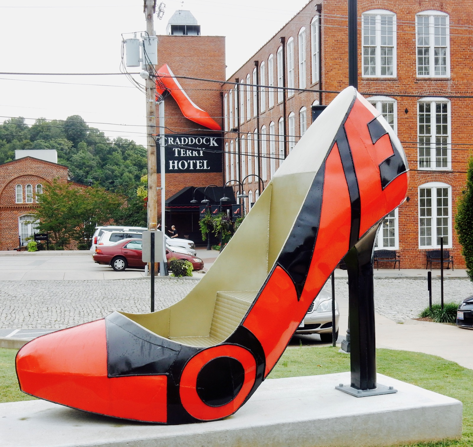 Lynchburg VA Love Sculpture - Giant Red Shoe.