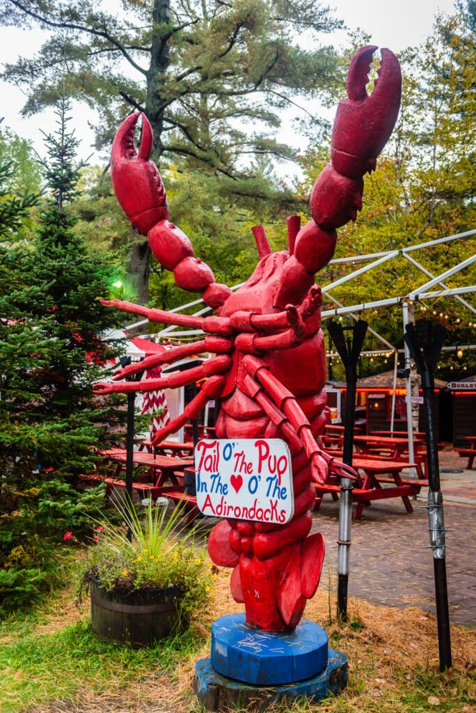 Lobster Statue at Tail of the Pup Restaurant