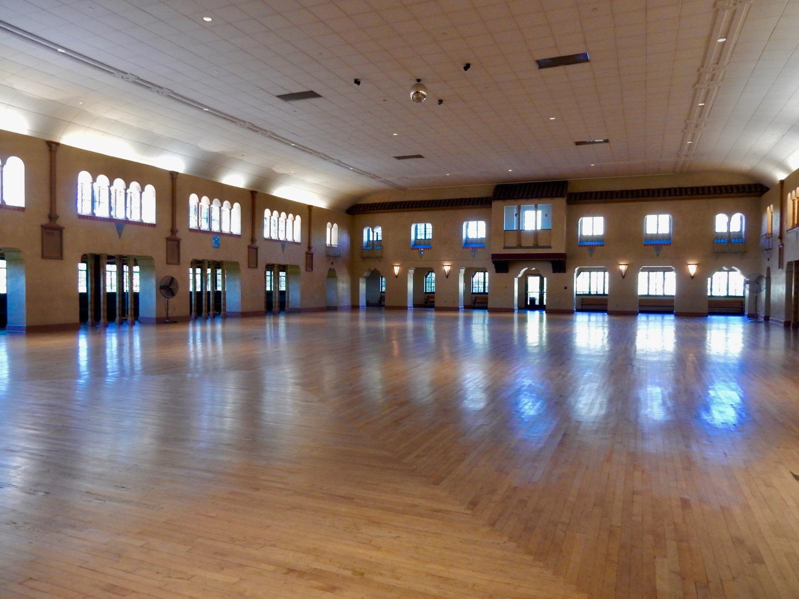 Crash Course in Ballroom Dancing - Learn Ballroom Dancing ...