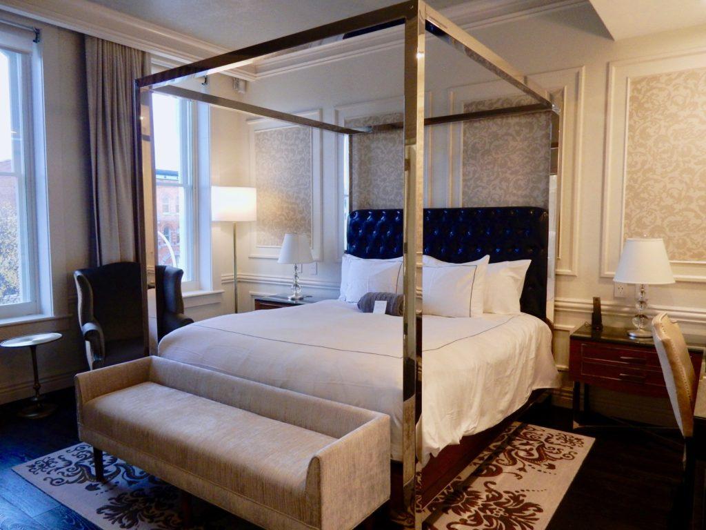 Broadway Premier King Adelphi Hotel Saratoga Springs NY