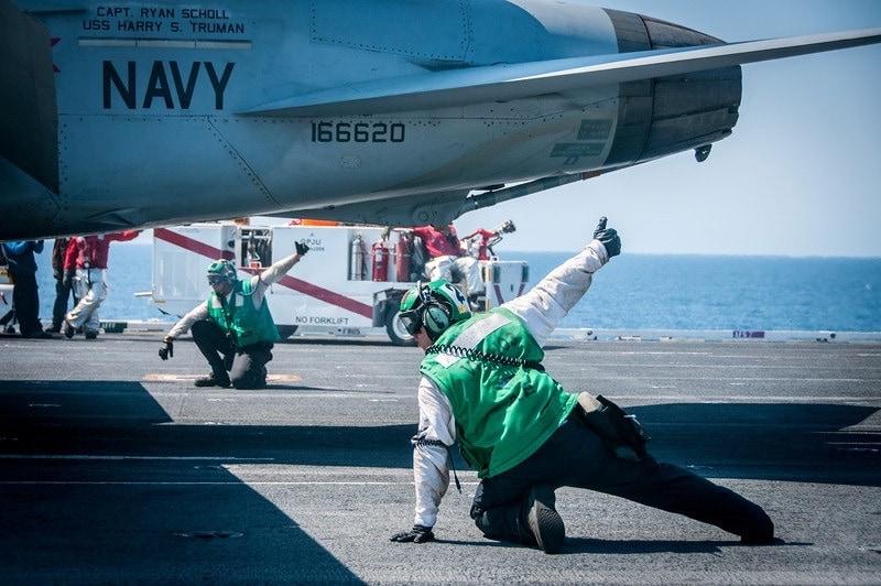 USS Harry Truman Photo Gary Arndt