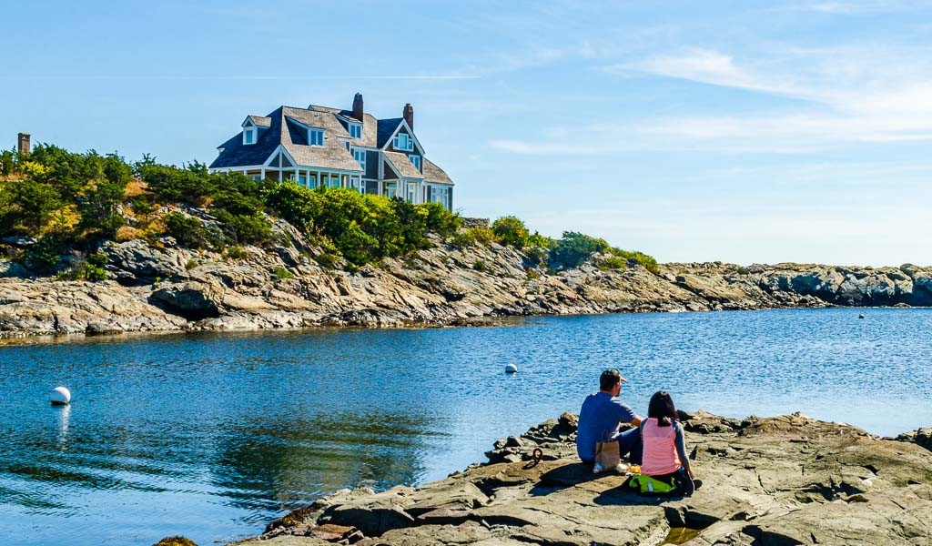 Picnic by the sea on Ocean Drive in Newport RI on a romantic getaway in Northeast US