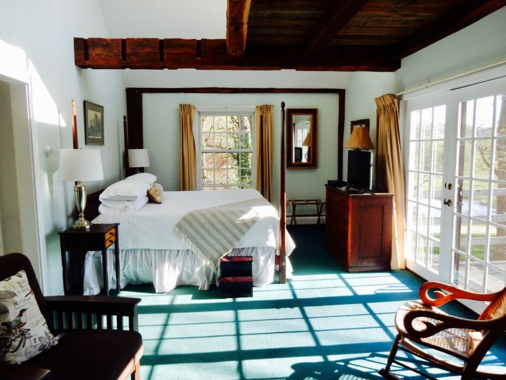 Guestroom Chesterfield Inn NH