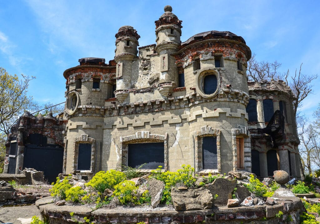 Ruins of Bannerman Family Home