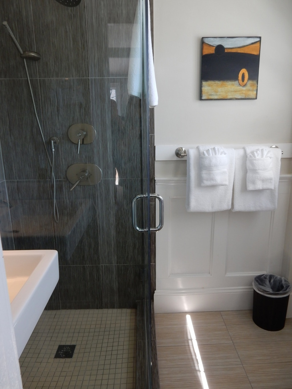 Bathroom, Carpe Diem Guesthouse, Provincetown MA