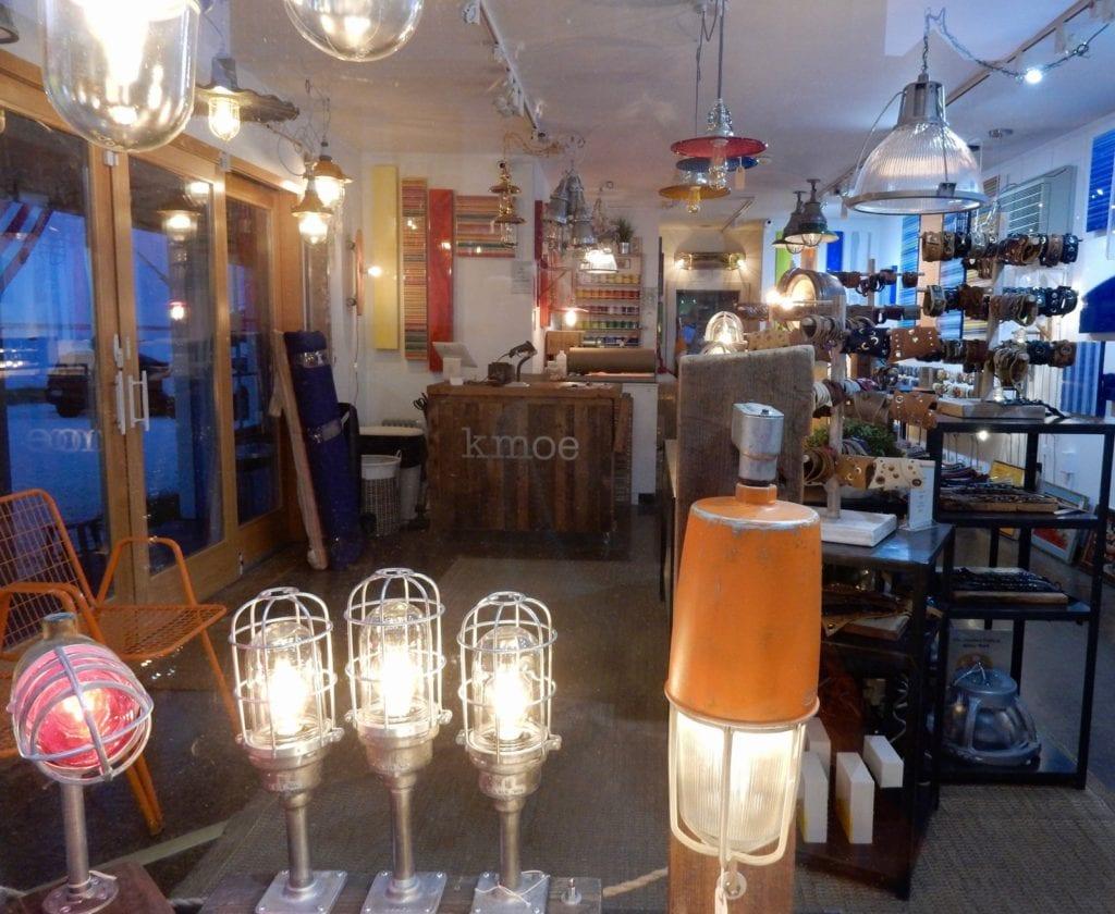 Kmoe store interior