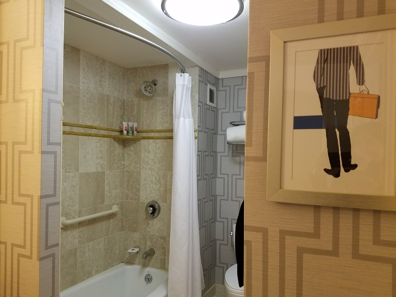 Bathroom Loews Boston Hotel