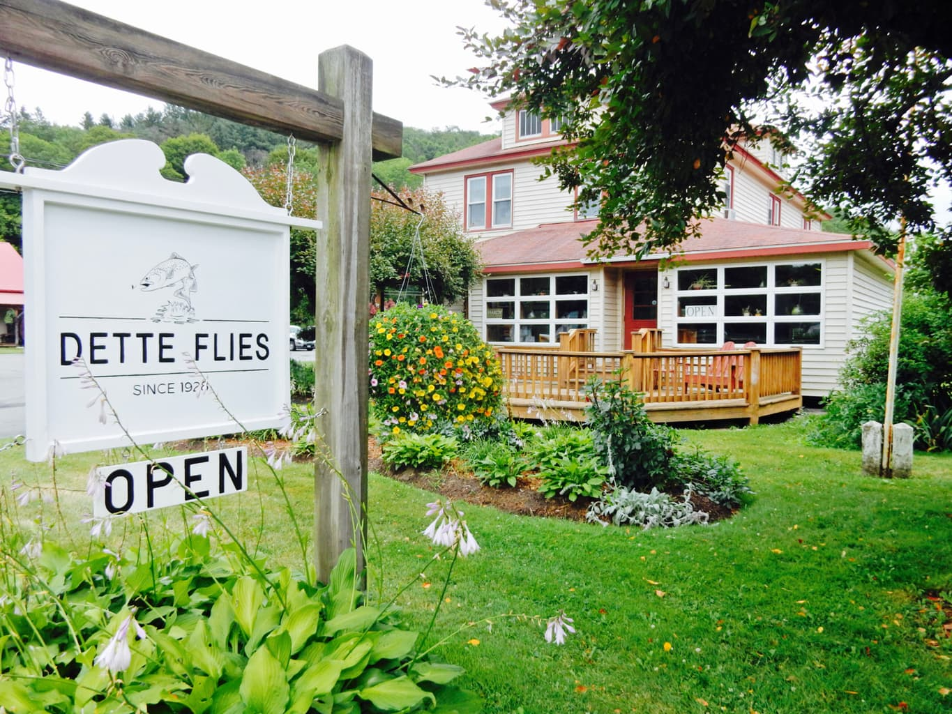 Dette Flies, Livingston Manor NY