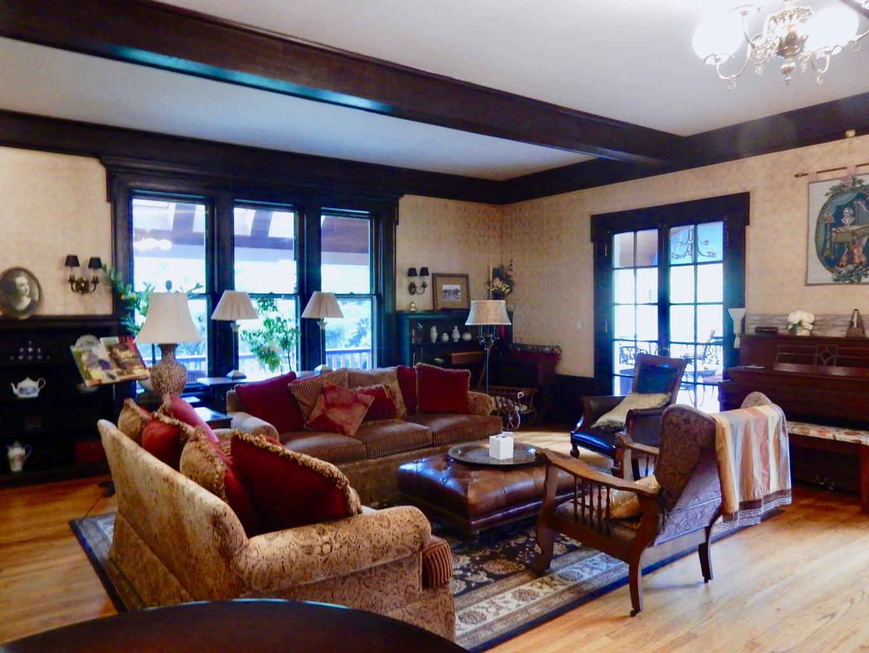 Living Room Ellwanger Estate Rochester NY