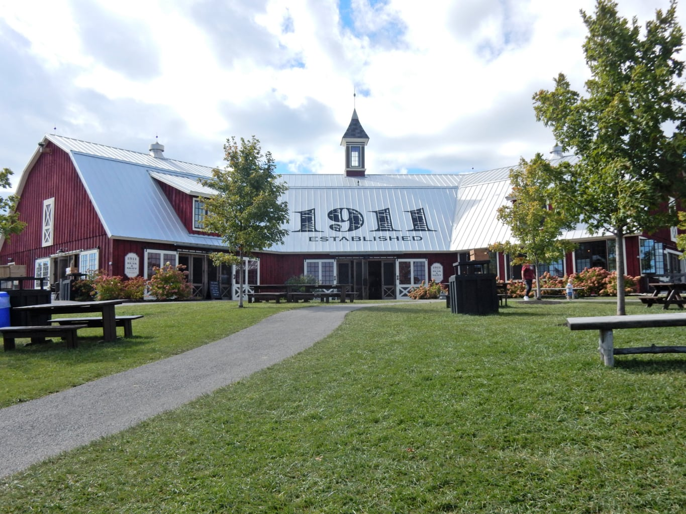1911 Distillery at Beak and Skiff Orchards Lafayette NY