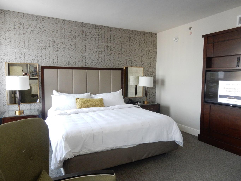 Bedroom Marriott Syracuse Downtown NY