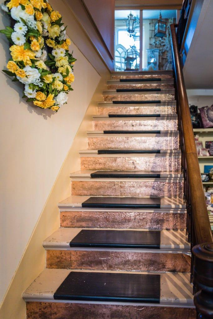Copper embellished steps at Grapevine Farms