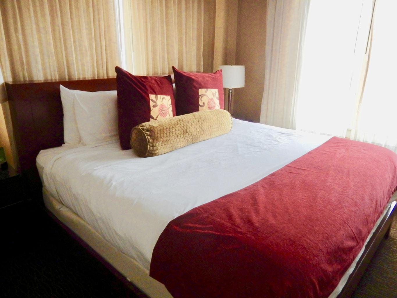 Guest Room Jefferson Clinton Hotel Syracuse NY