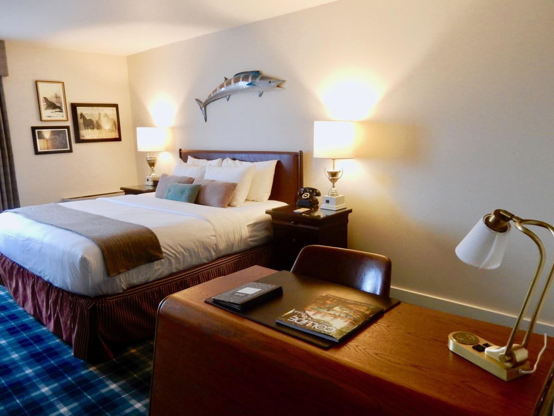 Guest Room The Graduate Hotel Charlottesville VA