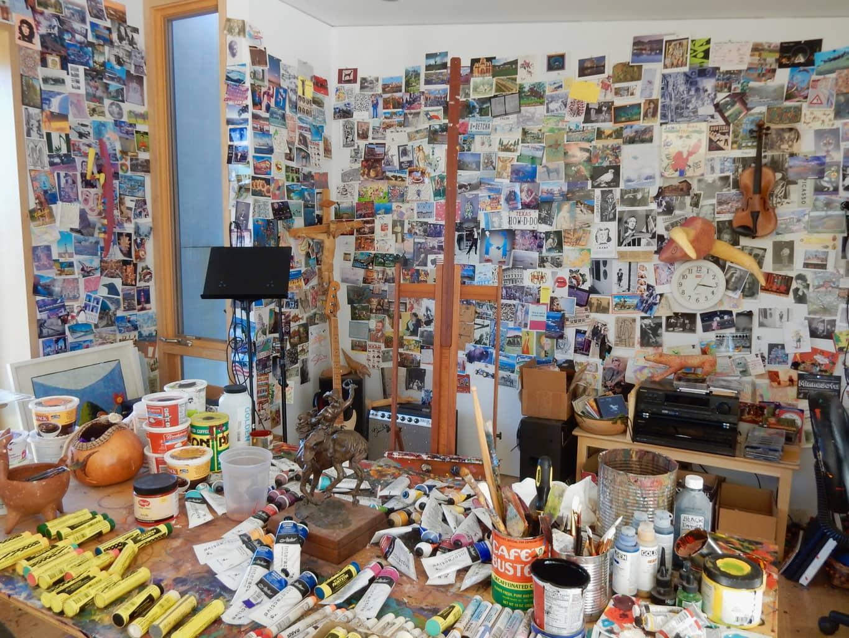 Russ Warren Studio Les Yeux du Monde Art Gallery