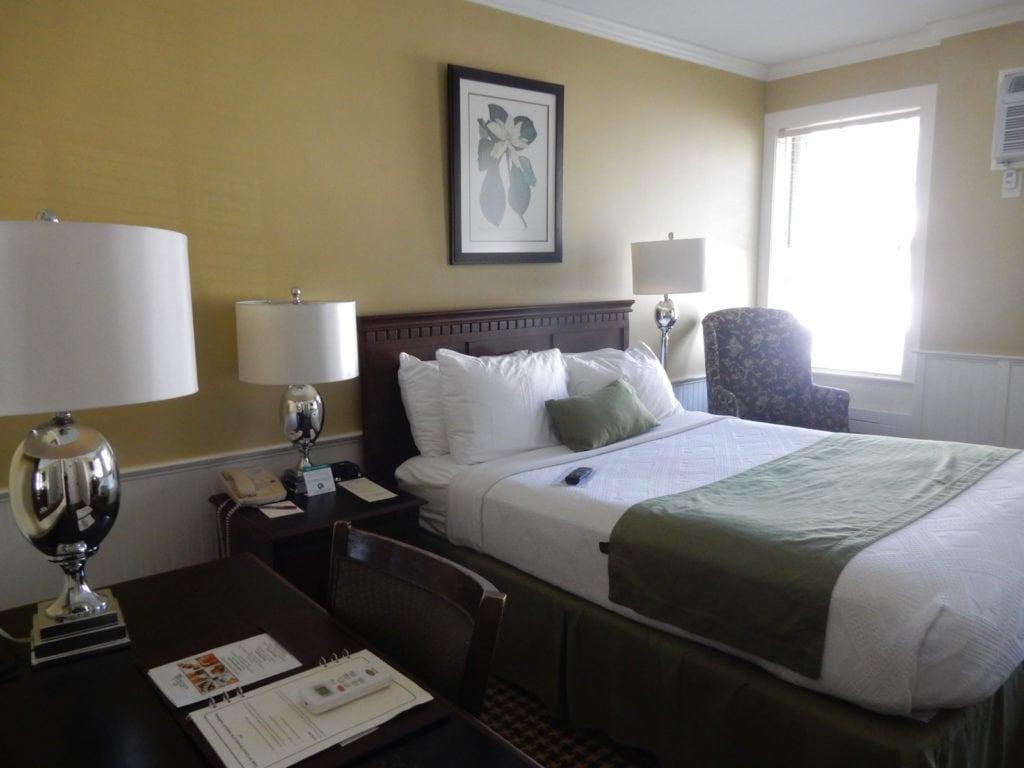 Colonial Inn Guestroom Concord MA