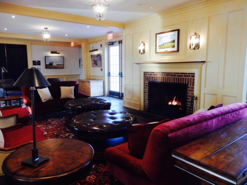 Lobby Groton Inn MA