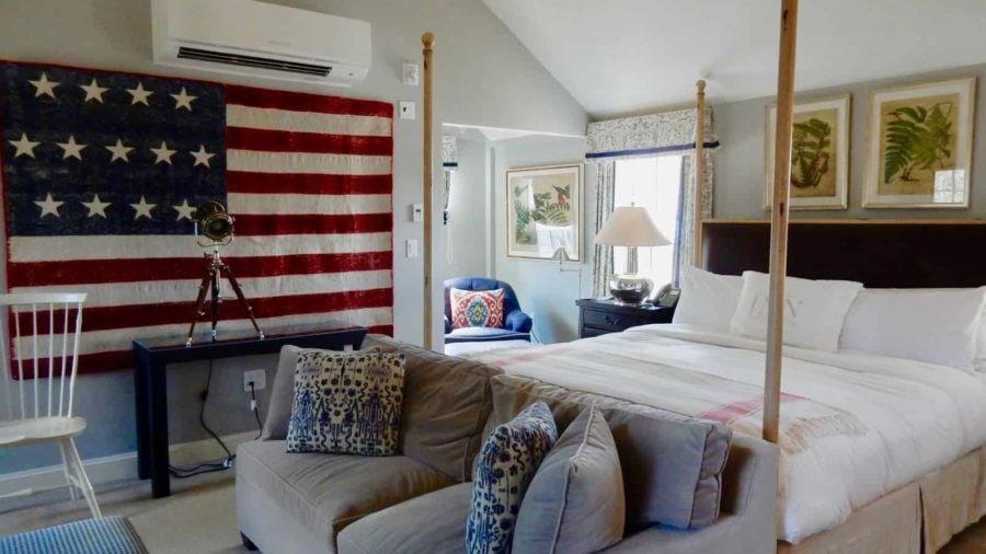 Inn At Hastings Park, Lexington MA: Patriotic Luxury