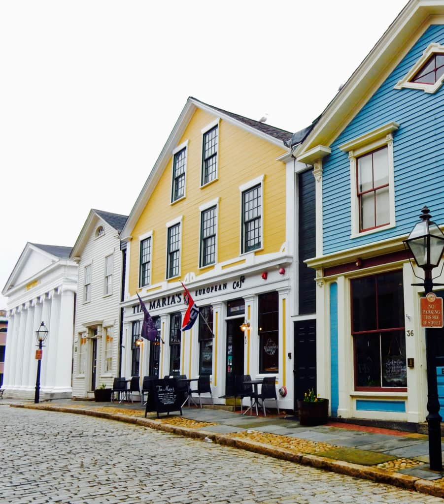Exterior Tia Marias European Cafe New Bedford MA