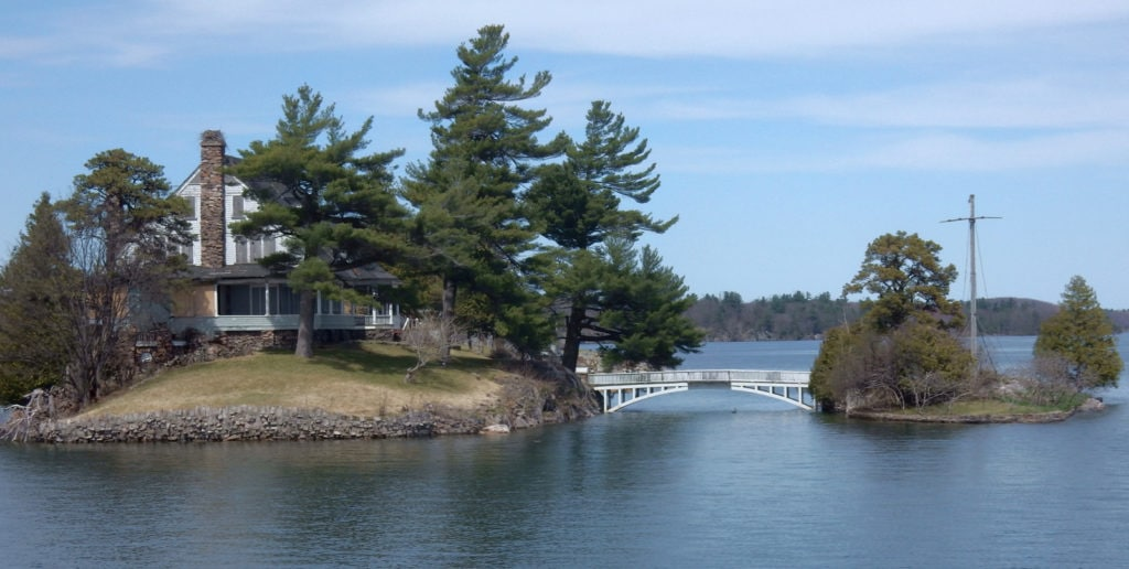 Shortest International Footbridge 1000 Islands NY