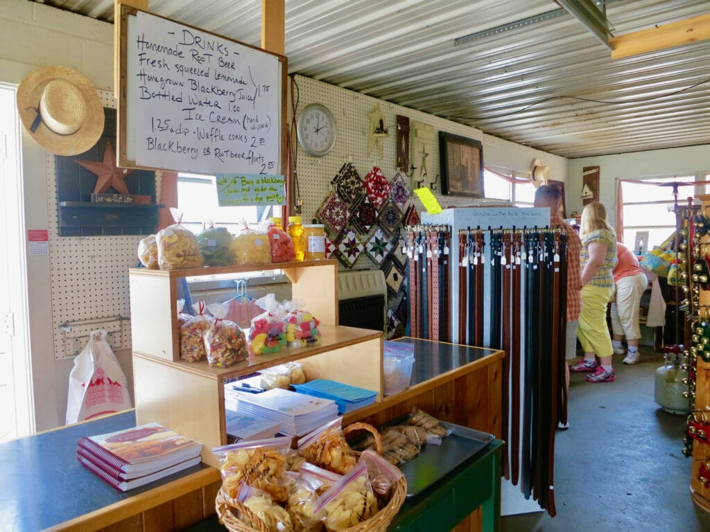 Lil-Country-Store-Ronks-PA