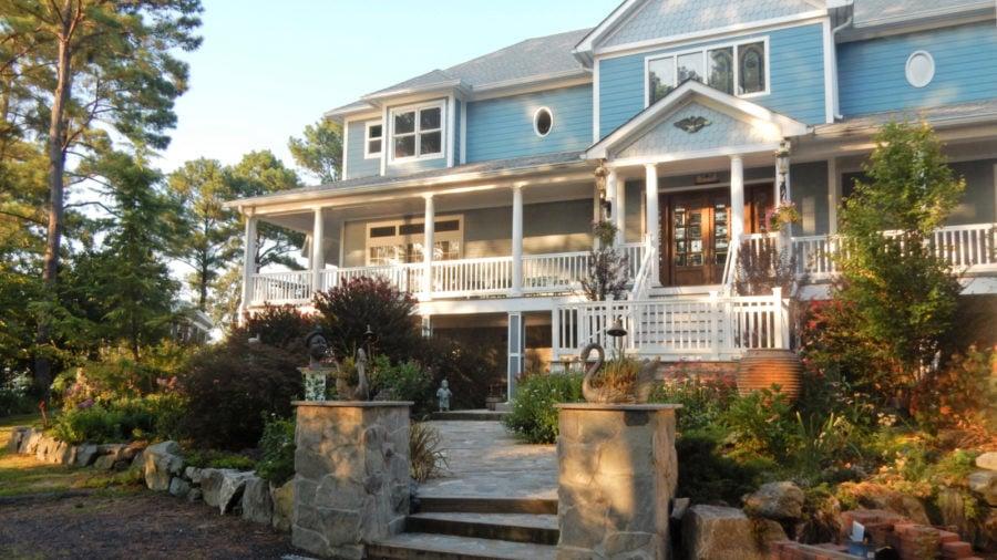 Swanendele Inn, Ridge MD: A Luxury Hideout in Southern Maryland