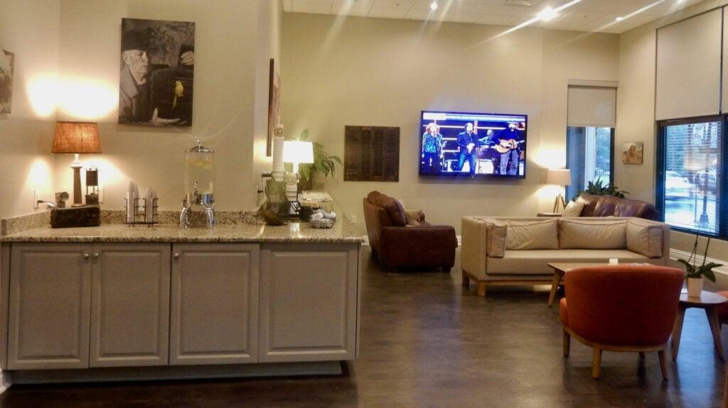 Hotel Anthracite Common Room