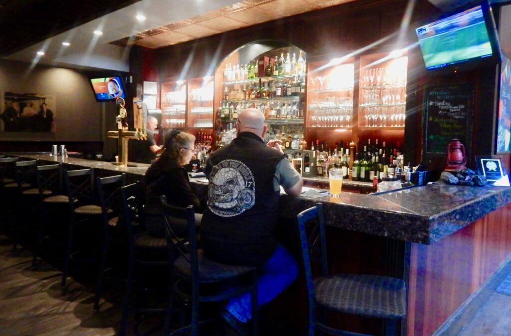Kol Bar Hotel Anthracite