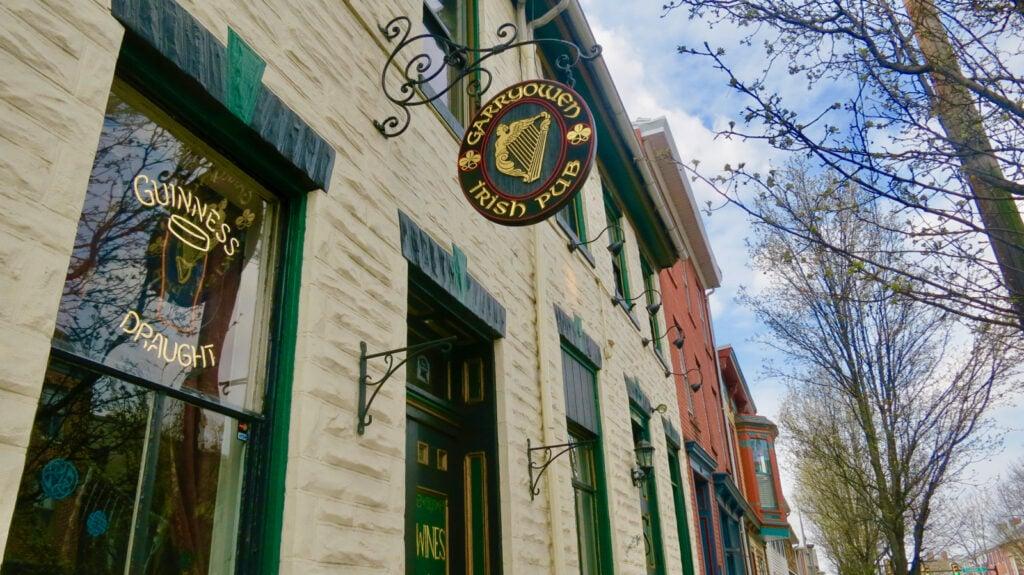 Exterior of Garryowen Pub Gettysburg PA