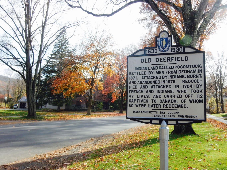 Historic Deerfield Sign