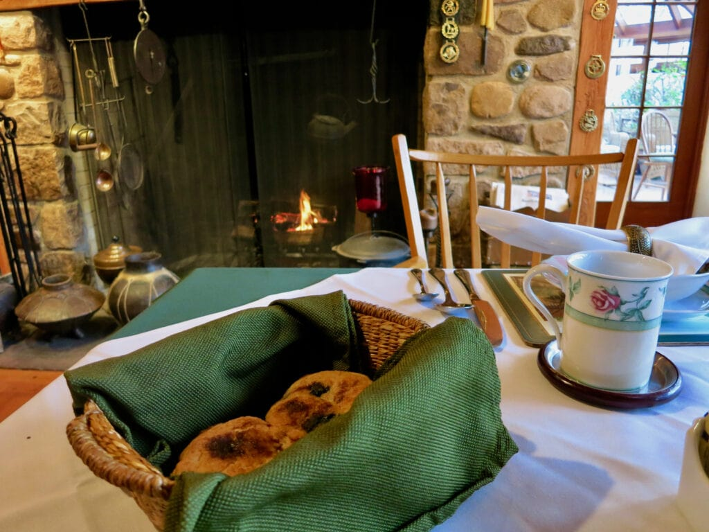 Cozy Breakfast Inn at Bowmans Hill