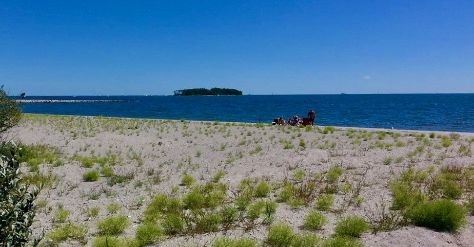 Silver Sands State Park and Charles Island Milford CT