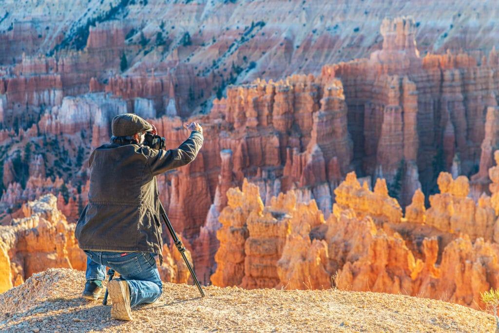 John Aranas sets up his tripod at Bryce Canyon on a Southwest Photography Workshop.