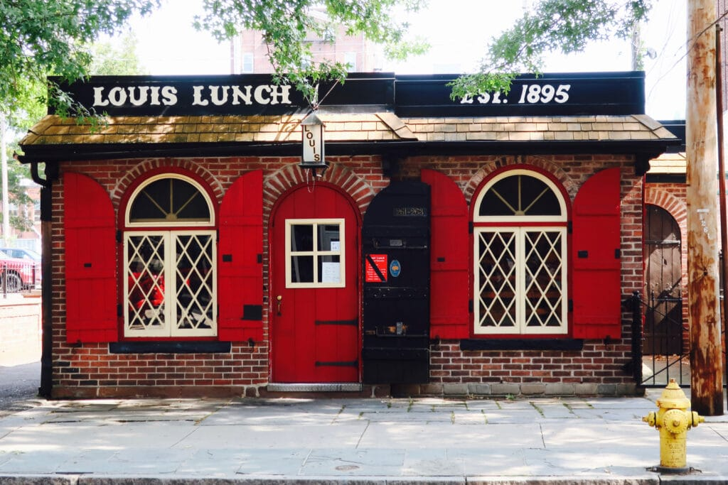 Louis Lunch New Haven CT