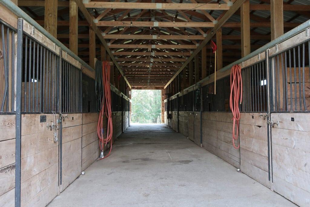 Spotless horse barn Mountain Valley Farm NY